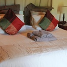 Orchards Farm Self Catering Komatipoort Cottage Bedroom