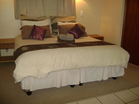 Komatipoort Self-Catering Cottage 7 Bedroom